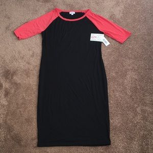 Black bodycon dress with coral sleeves